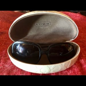 Authentic Coach 🕶 sunglasses ☀️ with case